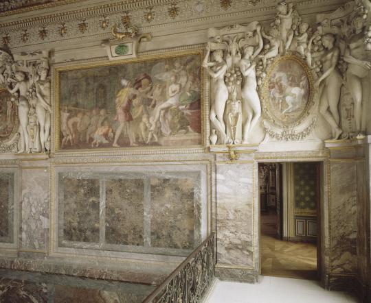 Visite filmée de la chambre de la duchesse d'Etampes
